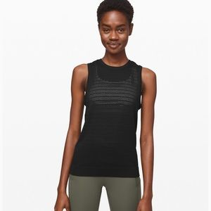 Lululemon Tank size 4 with tags